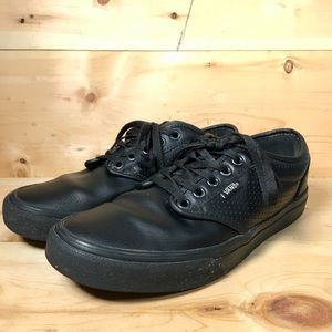 Vans Perforated black leather shoe size 7.5 men